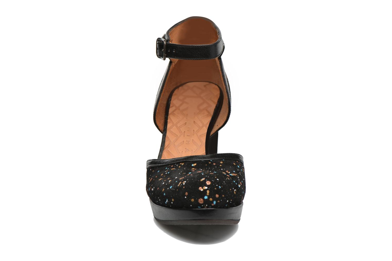 Escarpins Chie Mihara Xuca Noir vue portées chaussures