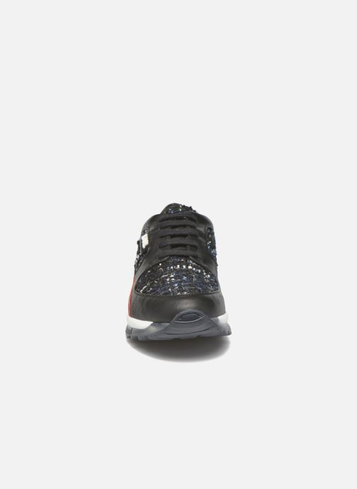 Baskets Karl Lagerfeld Pop Sneaker Noir vue portées chaussures