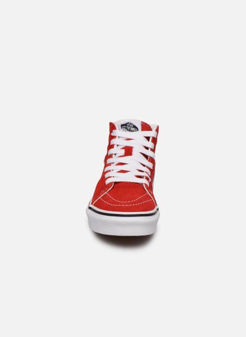 Sneakers Vans SK8-Hi K Rosso modello indossato