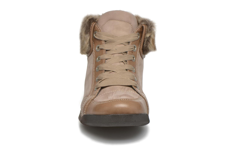 Baskets Ara Rom 44436 Beige vue portées chaussures