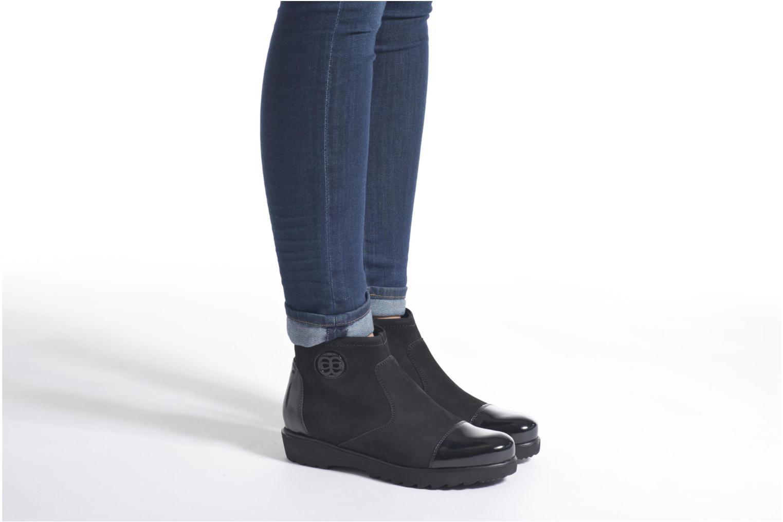 Bottines et boots Ara Malmo 41564 Noir vue bas / vue portée sac