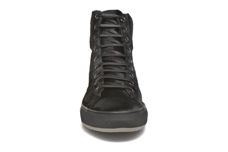 Baskets KARL LAGERFELD Alfonso Noir vue portées chaussures