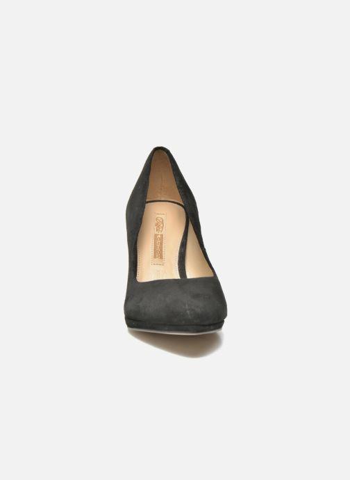 High heels Buffalo Leonce Black model view
