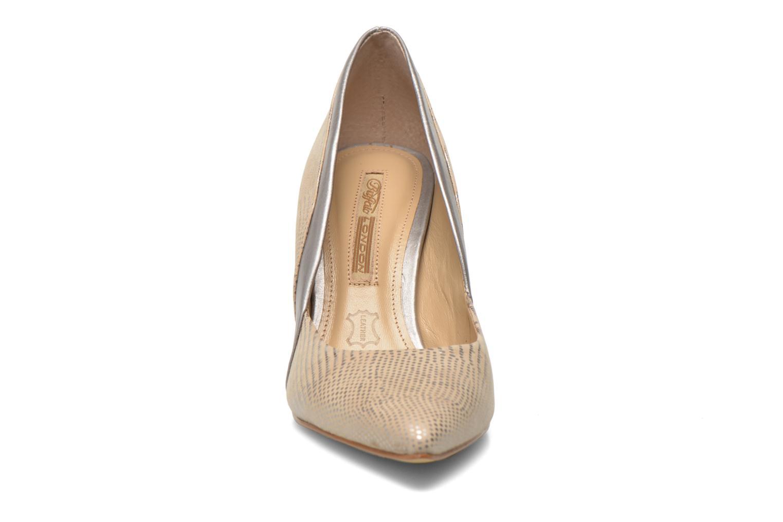 Escarpins Buffalo Maiwen Beige vue portées chaussures