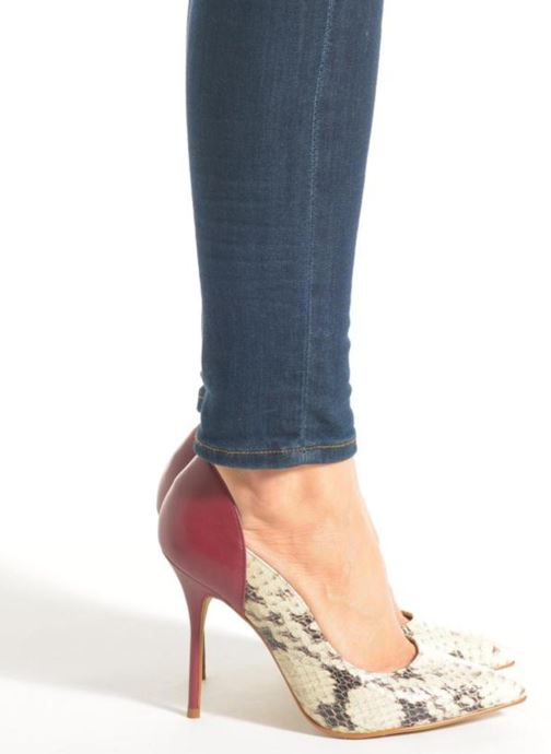 High heels Buffalo Loea Beige view from underneath / model view