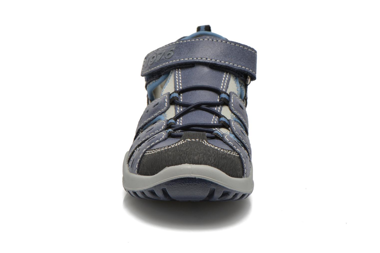 Baskets Primigi Motor Bleu vue portées chaussures
