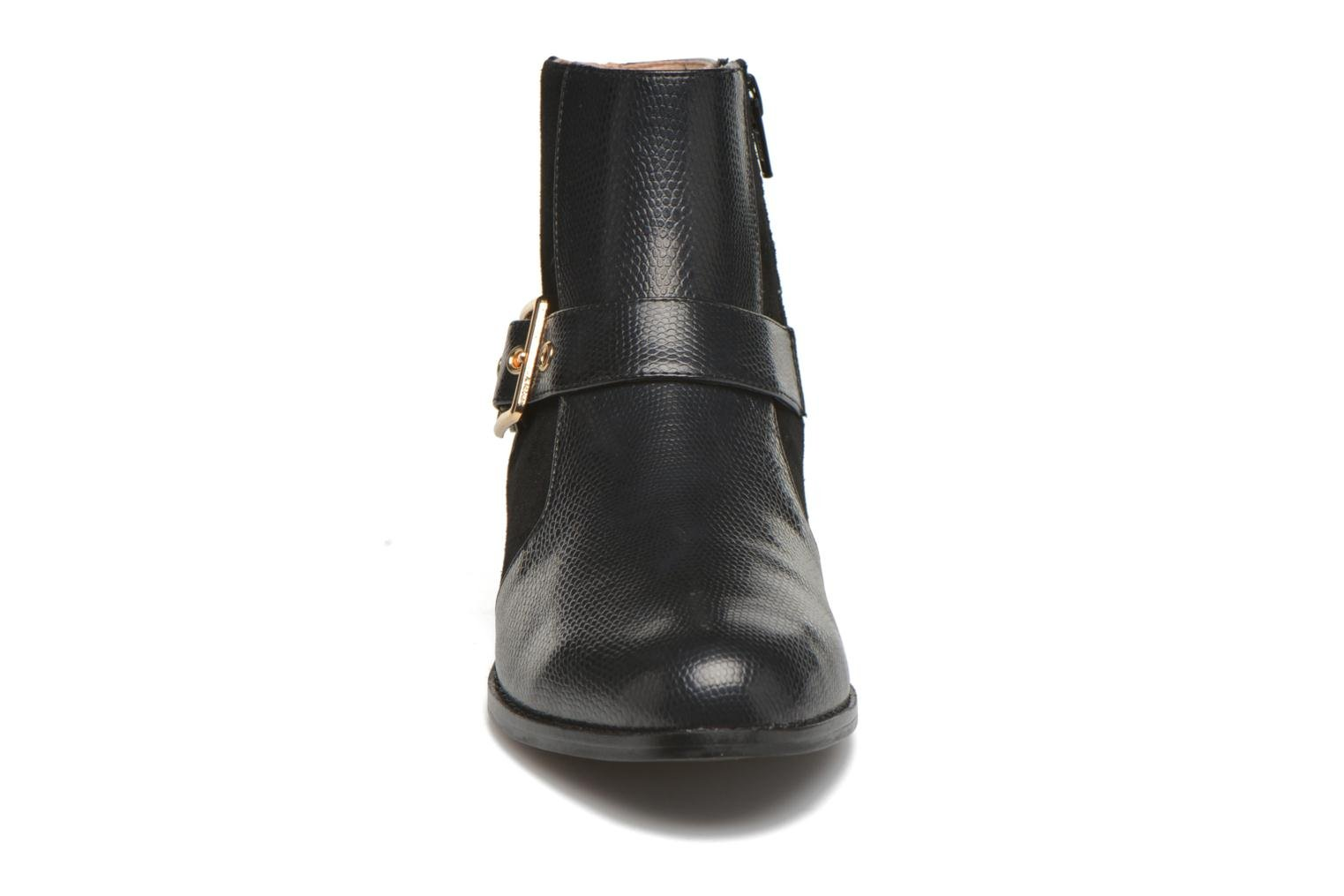Ankle boots Mellow Yellow Aldana Black model view