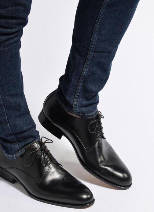Chaussures à lacets Marvin&Co Naust Marron vue bas / vue portée sac