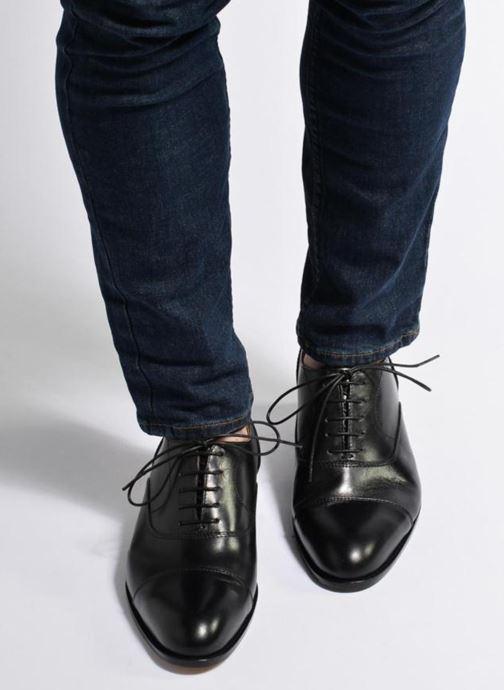 Chaussures à lacets Marvin&Co Nympsfield Marron vue bas / vue portée sac