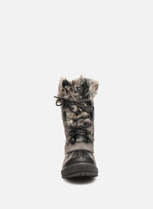 Scarpe sportive Kimberfeel Delmos Grigio modello indossato