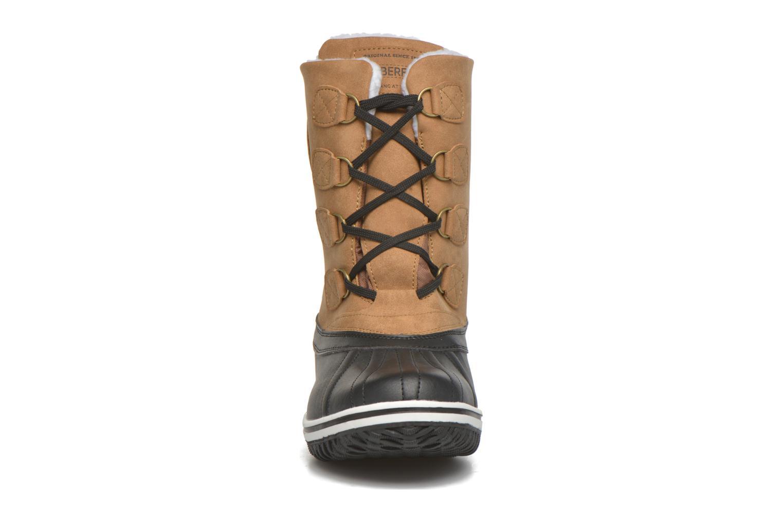 Zapatillas de deporte Kimberfeel Loris Beige vista del modelo