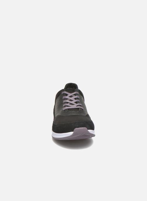 Sneakers Lacoste Joggeur Lace 416 1 Nero modello indossato