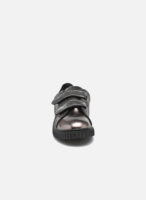 Baskets I Love Shoes THEVI Argent vue portées chaussures