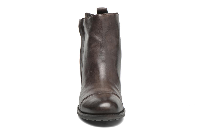 Bottines et boots Geox D Kleoo D54N4D Marron vue portées chaussures
