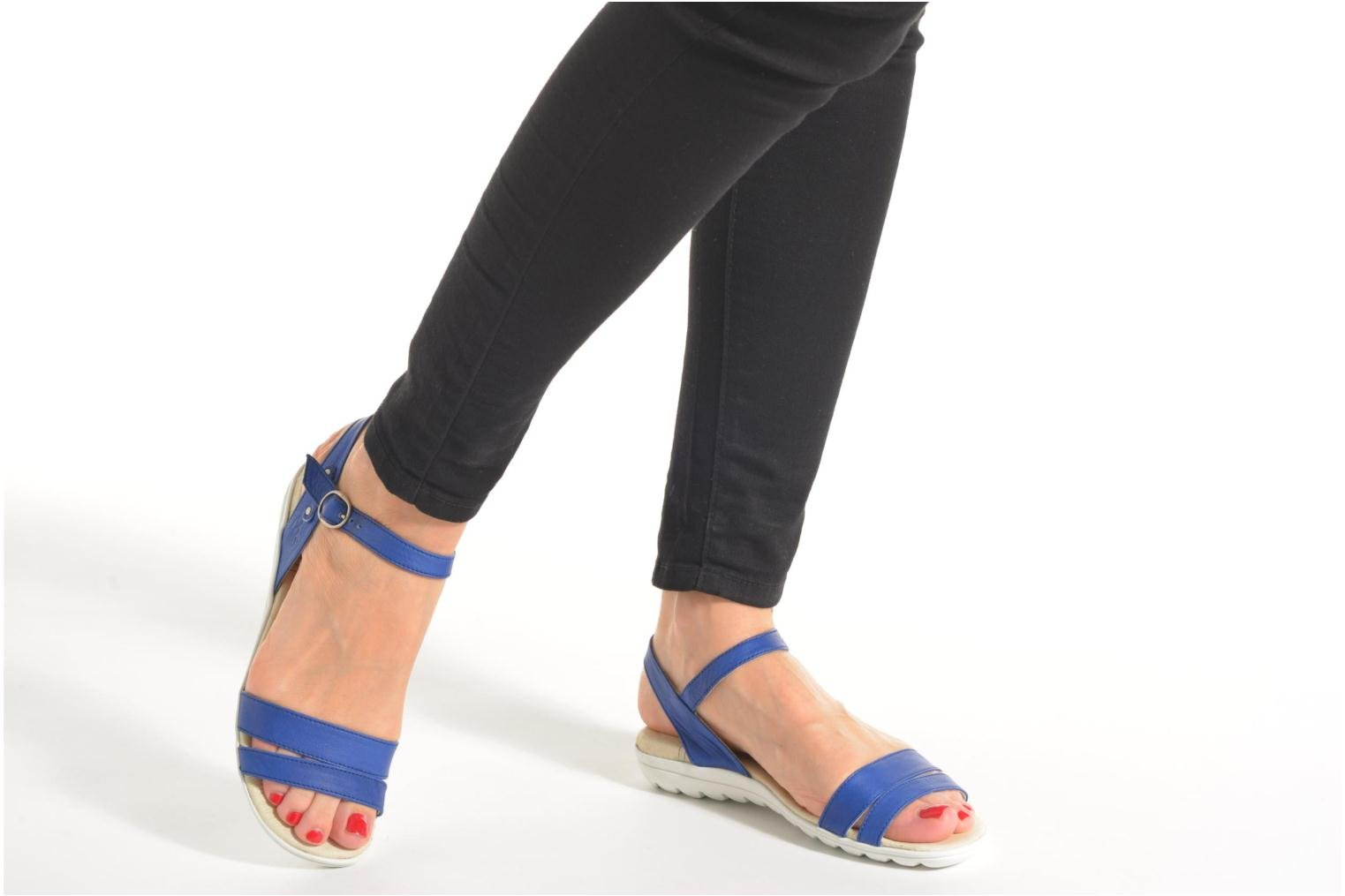 Sandals TBS Nikkia Black view from underneath / model view