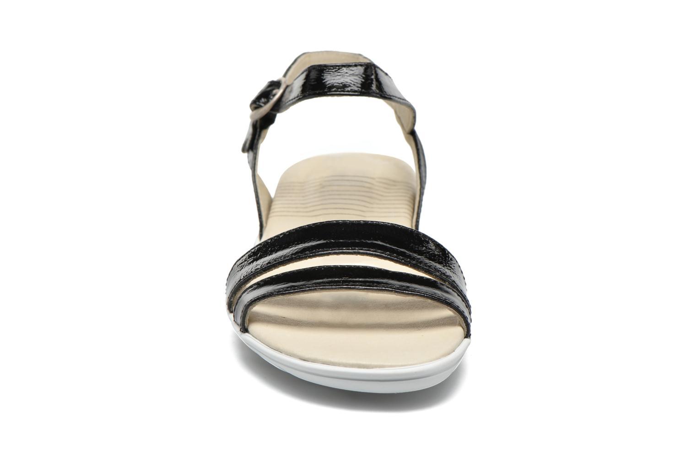 Sandali e scarpe aperte TBS Nikkia Nero modello indossato