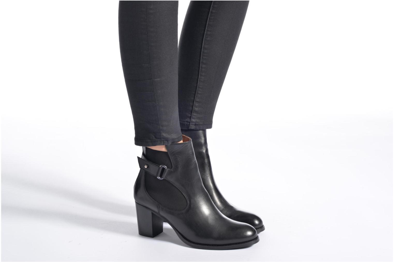 Stiefeletten & Boots Georgia Rose Villandry schwarz ansicht von unten / tasche getragen