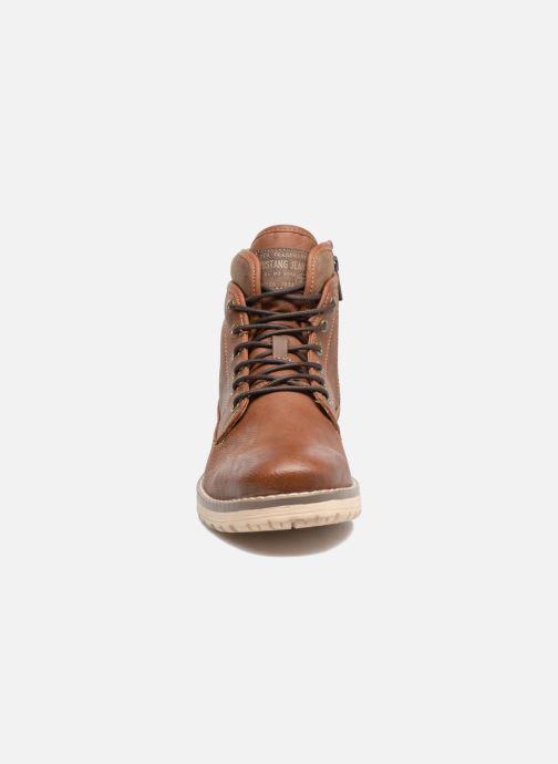 Boots en enkellaarsjes Mustang shoes Muska Bruin model