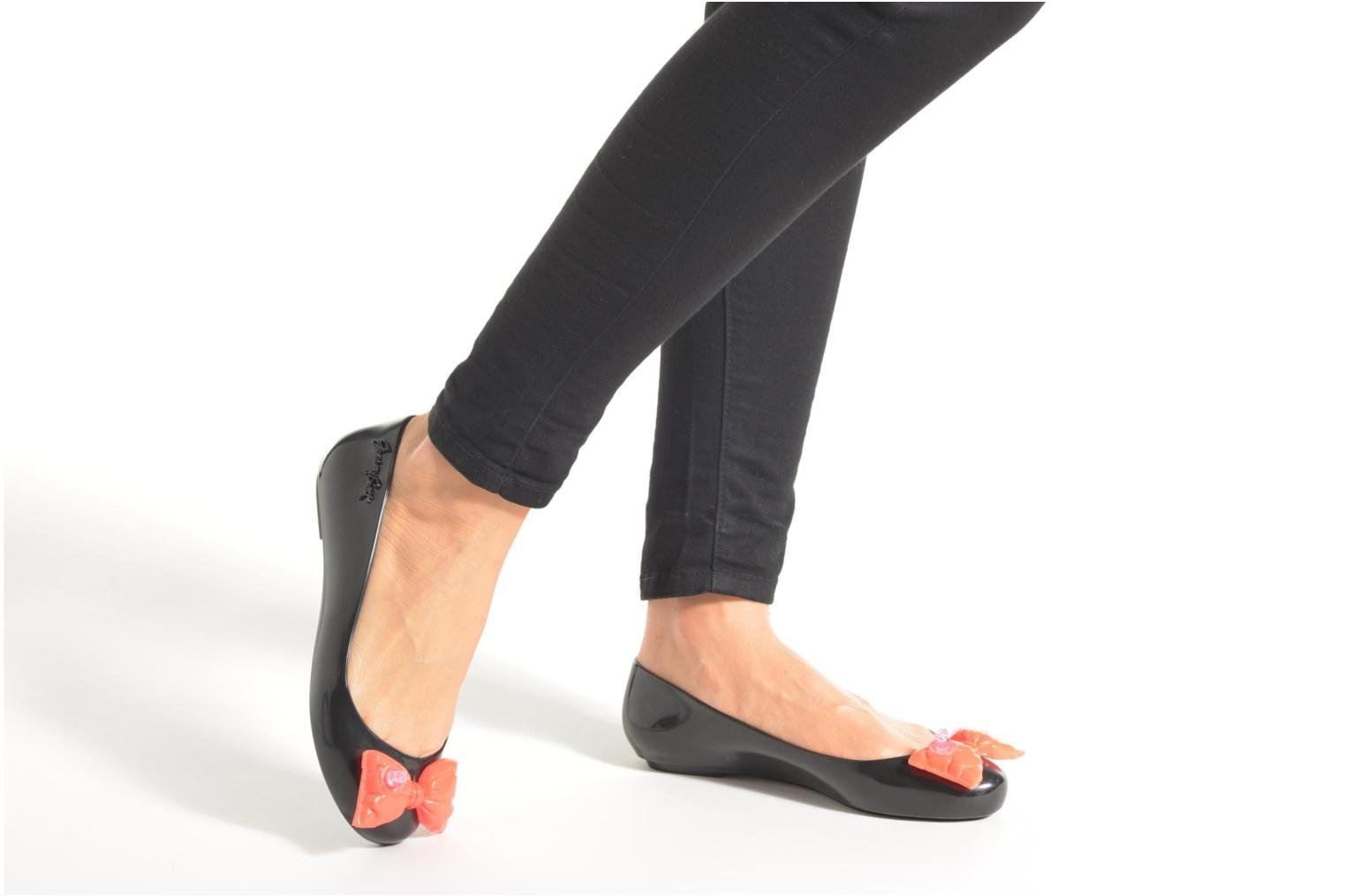 Ballet pumps Melissa Space love Black view from underneath / model view
