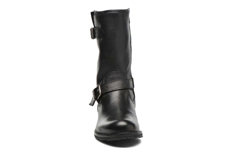 Bottes Mustang shoes Brea 2 Noir vue portées chaussures