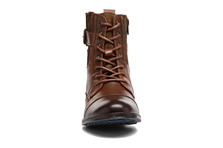 Bottines et boots Mustang shoes Muwa Marron vue portées chaussures