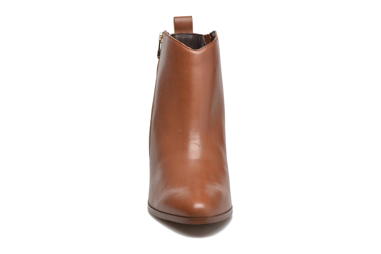 Stiefeletten & Boots André Paolina braun schuhe getragen