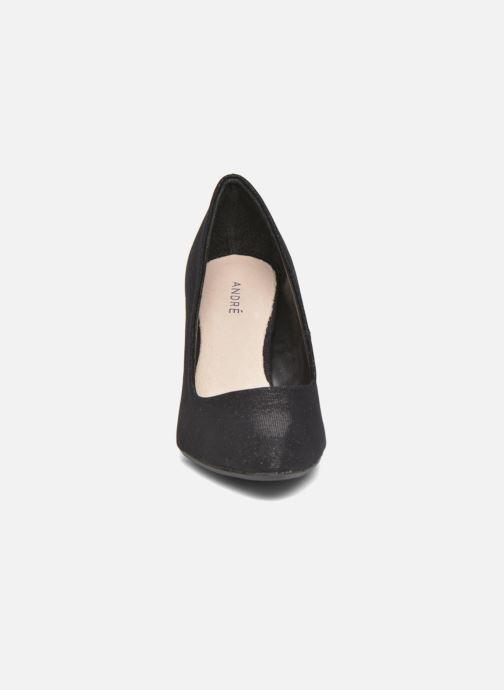 Zapatos de tacón André Prettty Negro vista del modelo