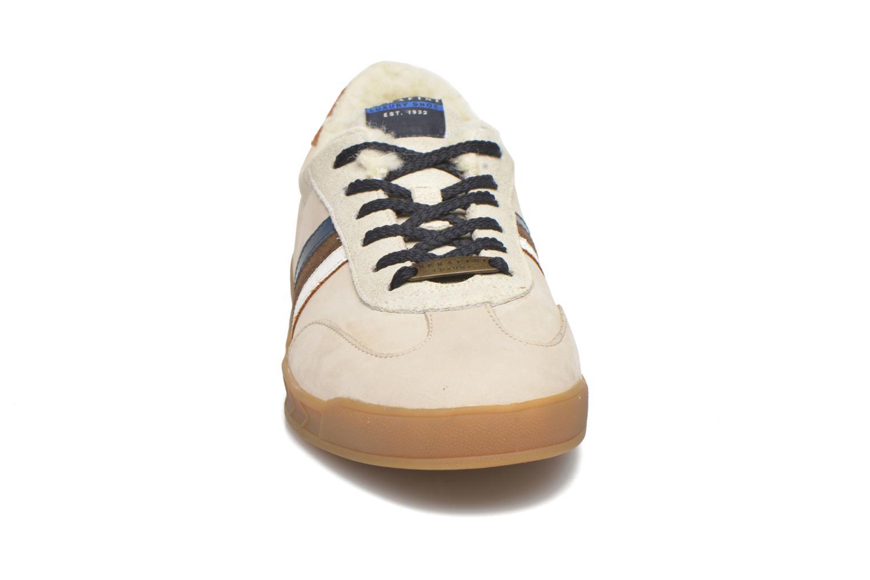 Sneakers Serafini Flat Verbier Beige se skoene på