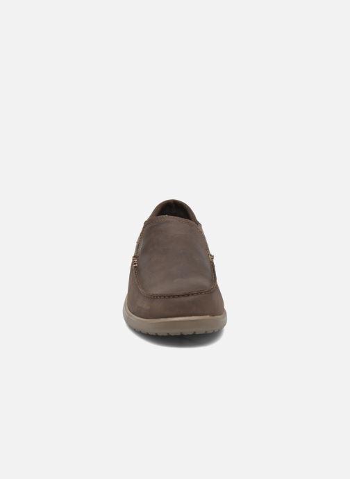 Mocassins Crocs Santa Cruz 2 Luxe Leather M Marron vue portées chaussures