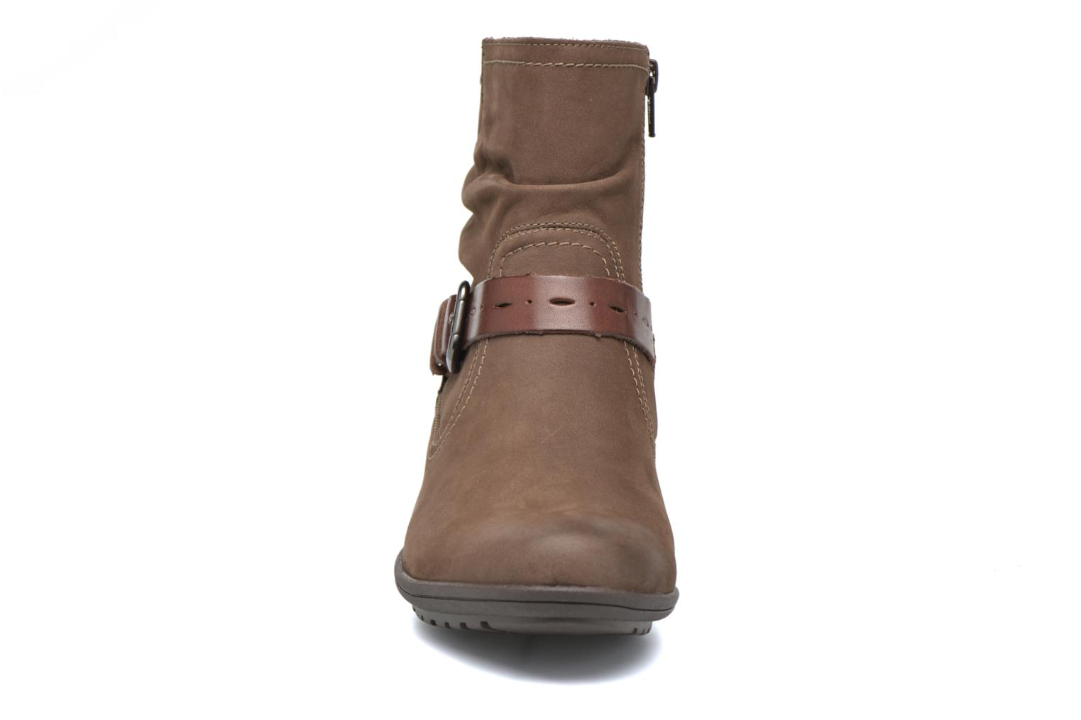Ankle boots Rockport Riley-CH INTL Brown model view