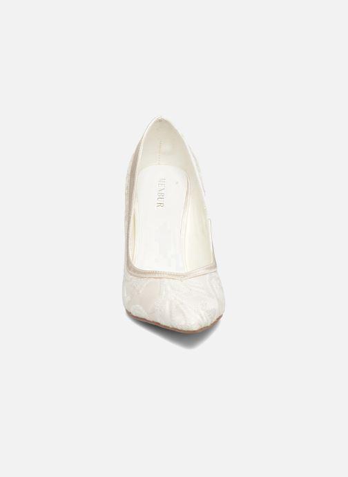 Zapatos de tacón Menbur Giovanna Blanco vista del modelo
