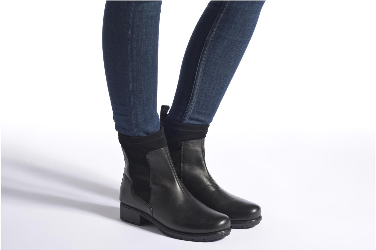 Ankle boots Aerosoles Just Cause Black view from underneath / model view
