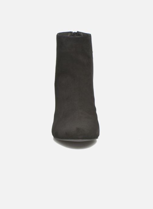 Boots en enkellaarsjes Steve Madden Sinthia Zwart model