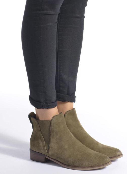 Bottines et boots Steve Madden Nickell Noir vue bas / vue portée sac