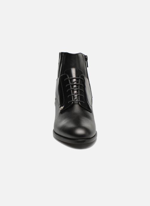 Bottines et boots Versus Cross Noir vue portées chaussures