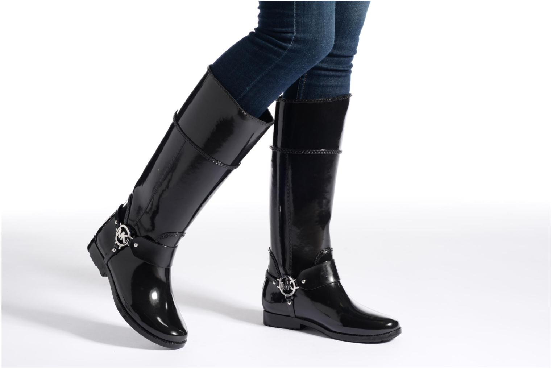Bottes Michael Michael Kors Fulton harness tall Rainboot Noir vue bas / vue portée sac