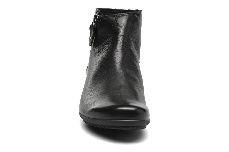 Bottines et boots Mephisto Filipina Noir vue portées chaussures