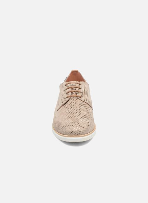 Lace-up shoes Mephisto Poppy Beige model view