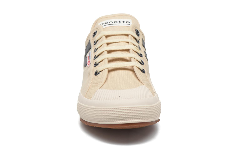Baskets Superga 2750 Cotu Panatta Beige vue portées chaussures