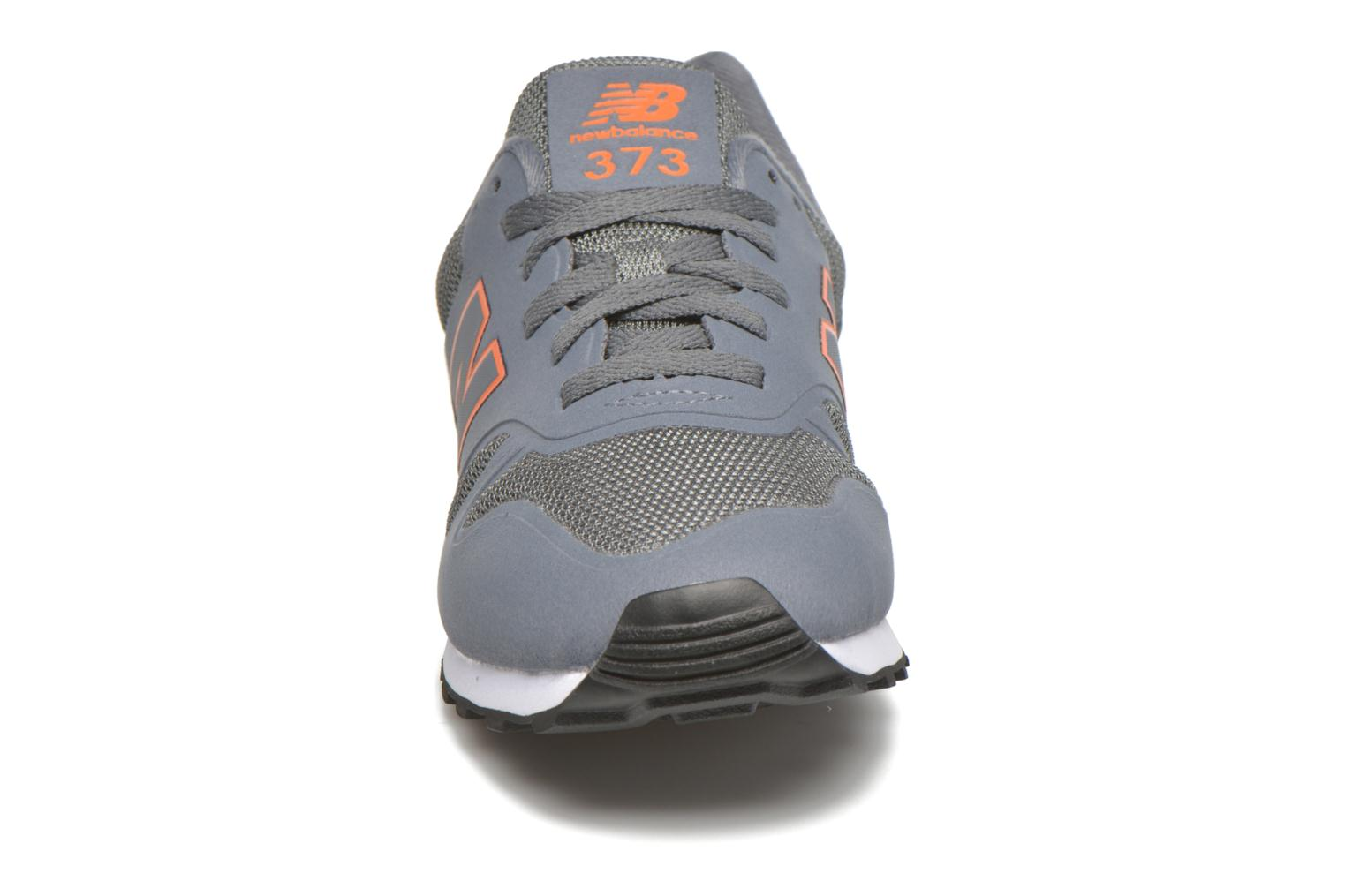 Sneakers New Balance MD373 Grijs model
