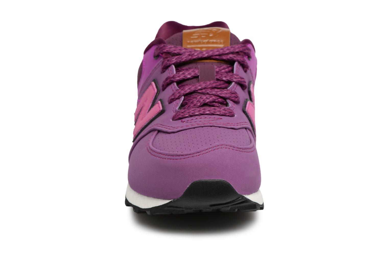 Baskets New Balance KL574 M Violet vue portées chaussures