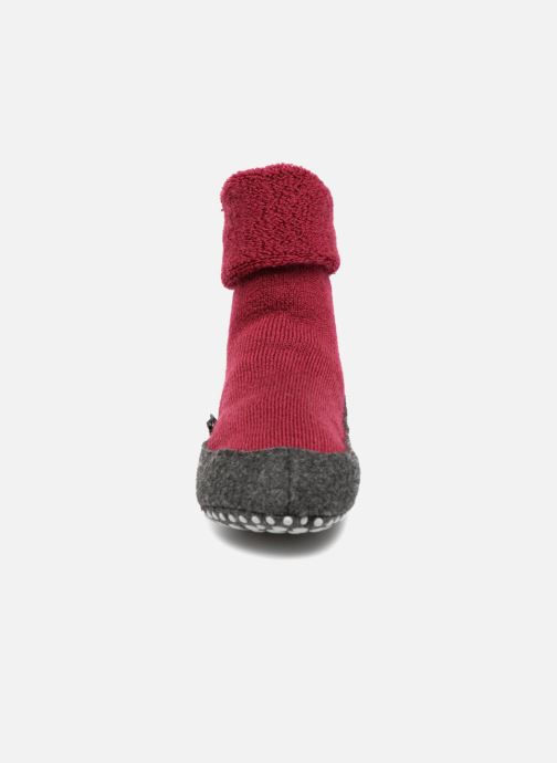Socken & Strumpfhosen Falke Chaussons-chaussettes Cosyshoes rot schuhe getragen