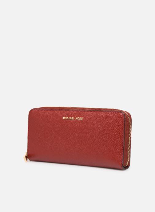 Marroquinería pequeña Michael Michael Kors Travel Continental Portefeuille Rojo vista del modelo