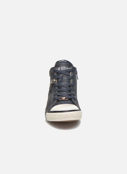 Baskets Mustang shoes Leni Bleu vue portées chaussures