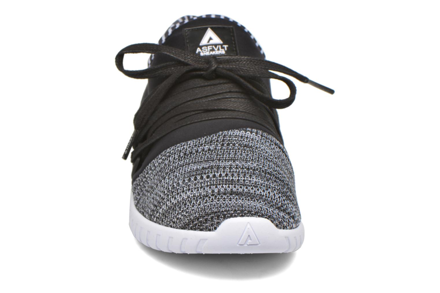 Trainers Asfvlt Area Low Black model view