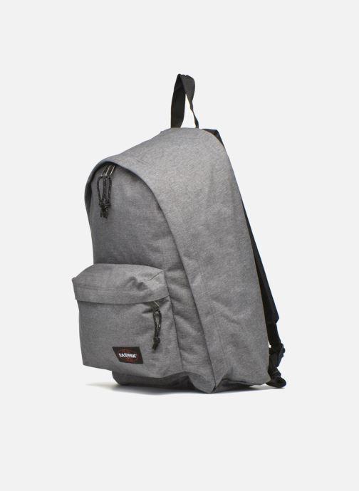 Skoletasker Eastpak Out of Office . Grå se skoene på