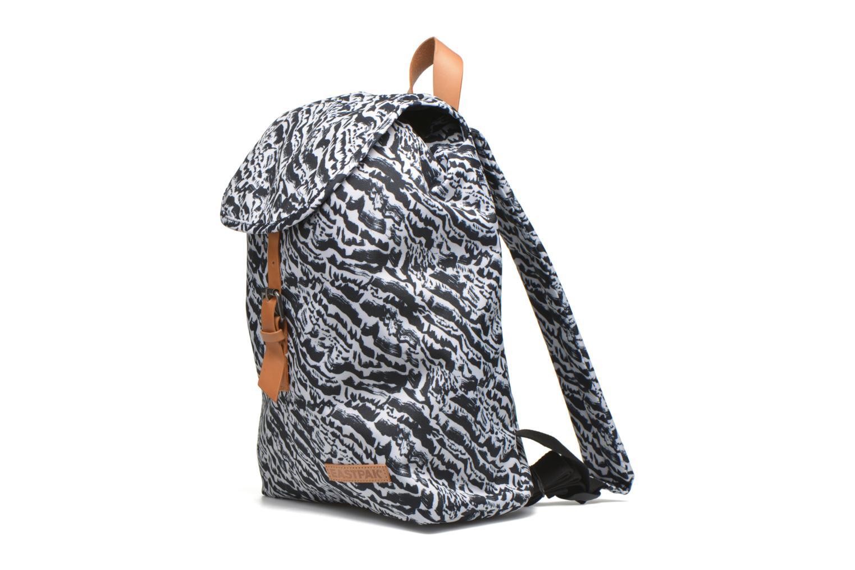 Rucksäcke Eastpak KRYSTAL Sac à dos toile schwarz schuhe getragen