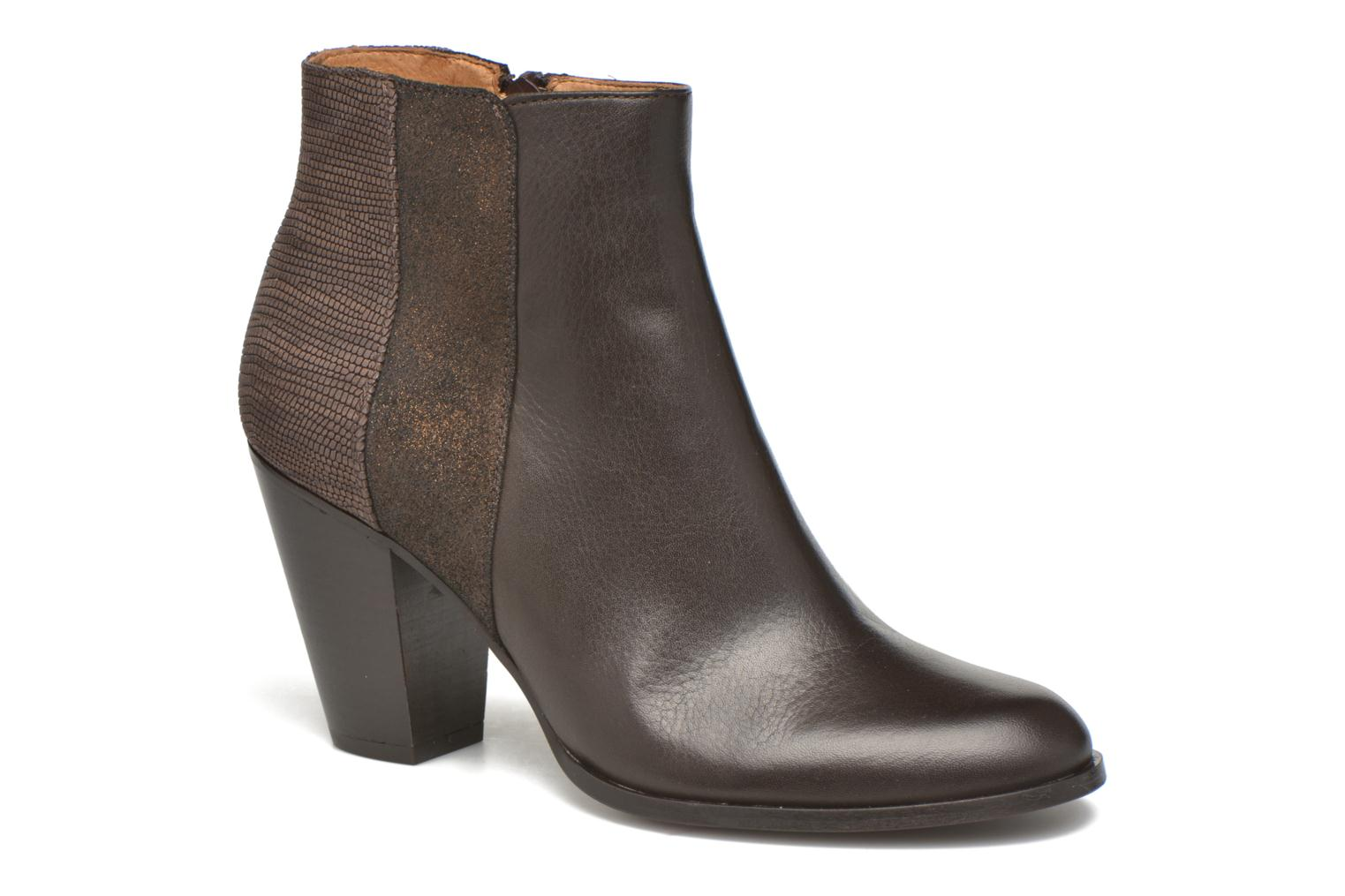 Ankle boots Schmoove Woman Gravity delta Brown detailed view/ Pair view