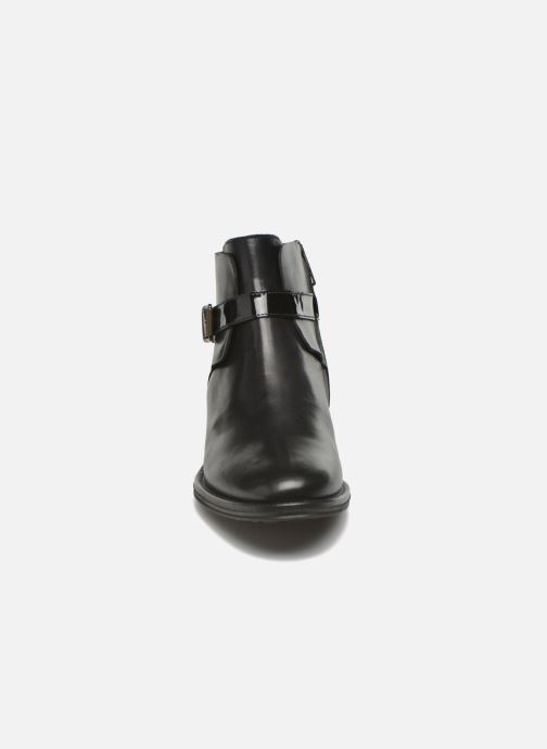 Bottines et boots Schmoove Woman Newton buckle Noir vue portées chaussures