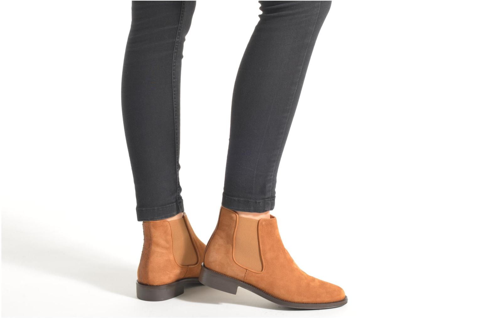 Ankle boots Schmoove Woman Newton chelsea suede Brown view from underneath / model view